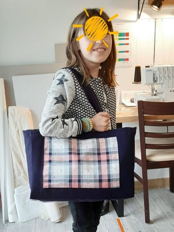 Sac confectionné par une jeune élève - ETOFFE DE SOI - Cours de couture et bar à couture Angers