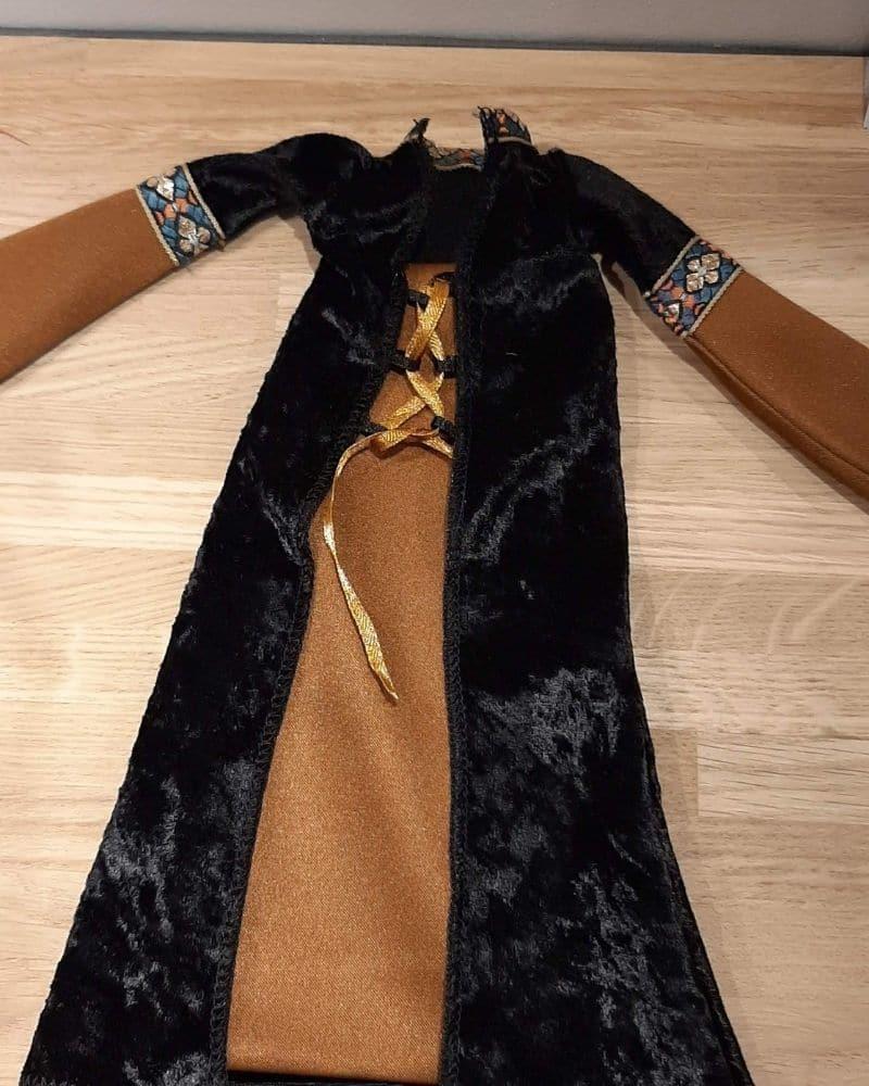 robe-poupée-moyen-age-création